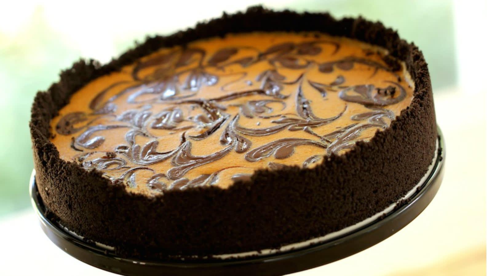 Pumpkin Cheesecake With Chocolate Swirl Entertaining With Beth