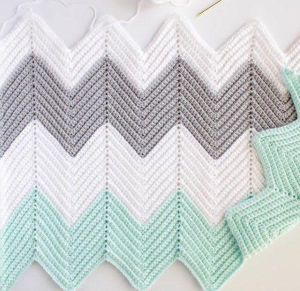 Crochet Chevron Blanket in Mint, Dove, and White | Daisy Farm Crafts